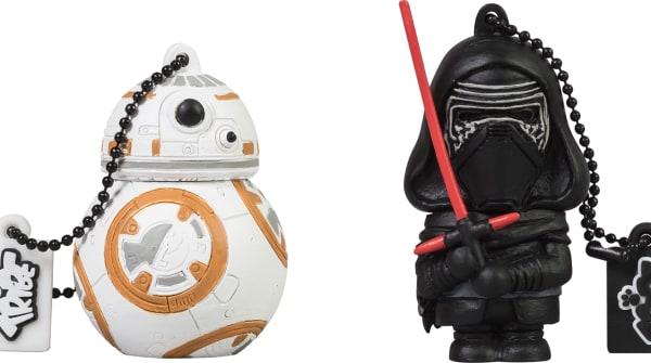 Le nuove chiavette USB di Star Wars: Il Risveglio della Forza sono meravigliose (foto)