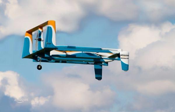 I droni Prime Air consegneranno pacchi in mezz'ora, parola di Amazon