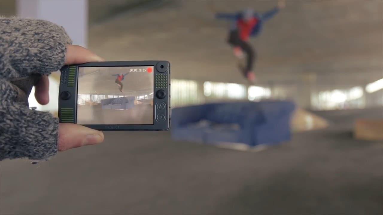Un dispositivo universale abbastanza piccolo da entrare in tasca: ecco Poco (video)