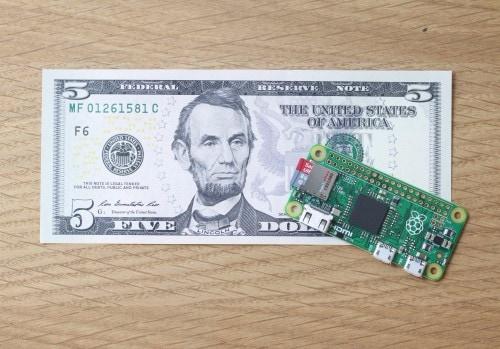 """""""Il prezzo non sarà mai una barriera"""": arriva Raspberry Pi Zero, il computer da 5$ (video)"""