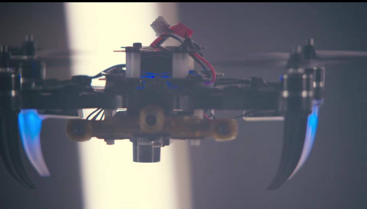 I droni di Qualcomm saranno così smart da far paura (video)