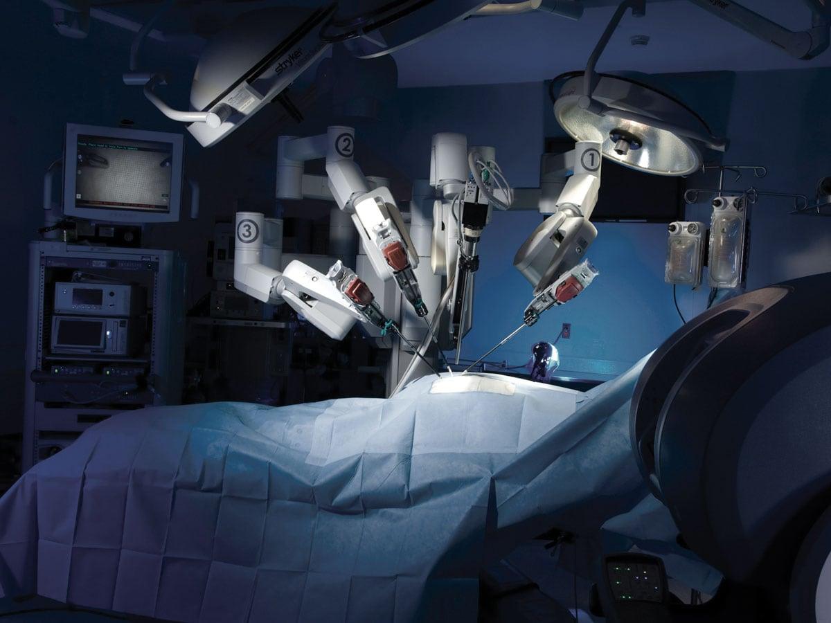 robot chirurgo google