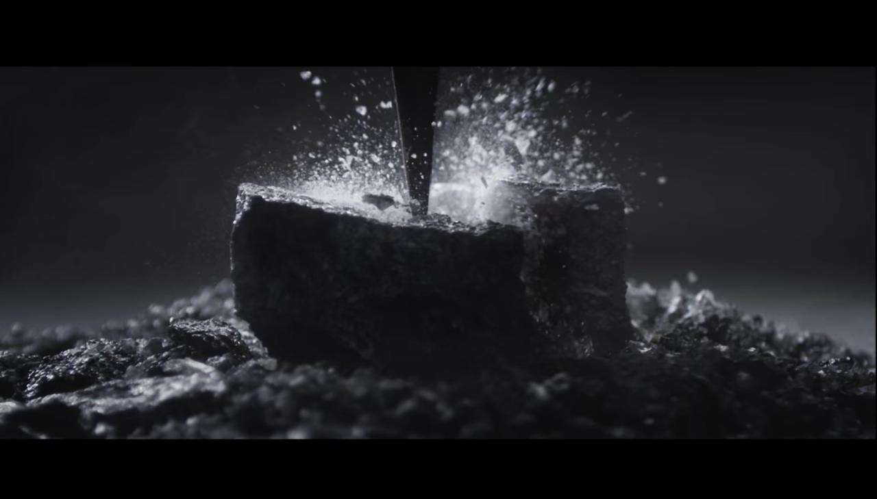 Il nuovo spot di LG un po' troppo simile a quello per i vecchi Surface (video)