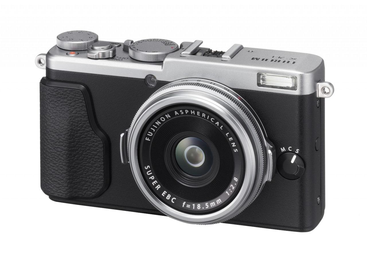 Fujifilm rinnova la gamma media con X-E2S e X70