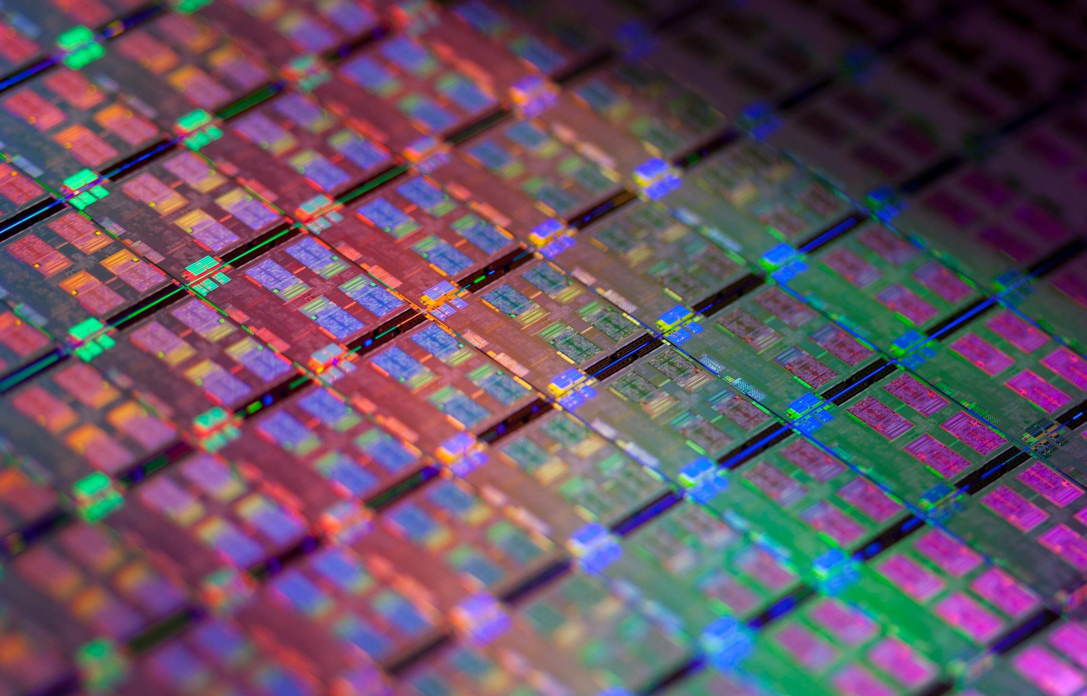 Primi SoC a 10 nanometri: Samsung avvia la produzione dei chip per futuri smartphone
