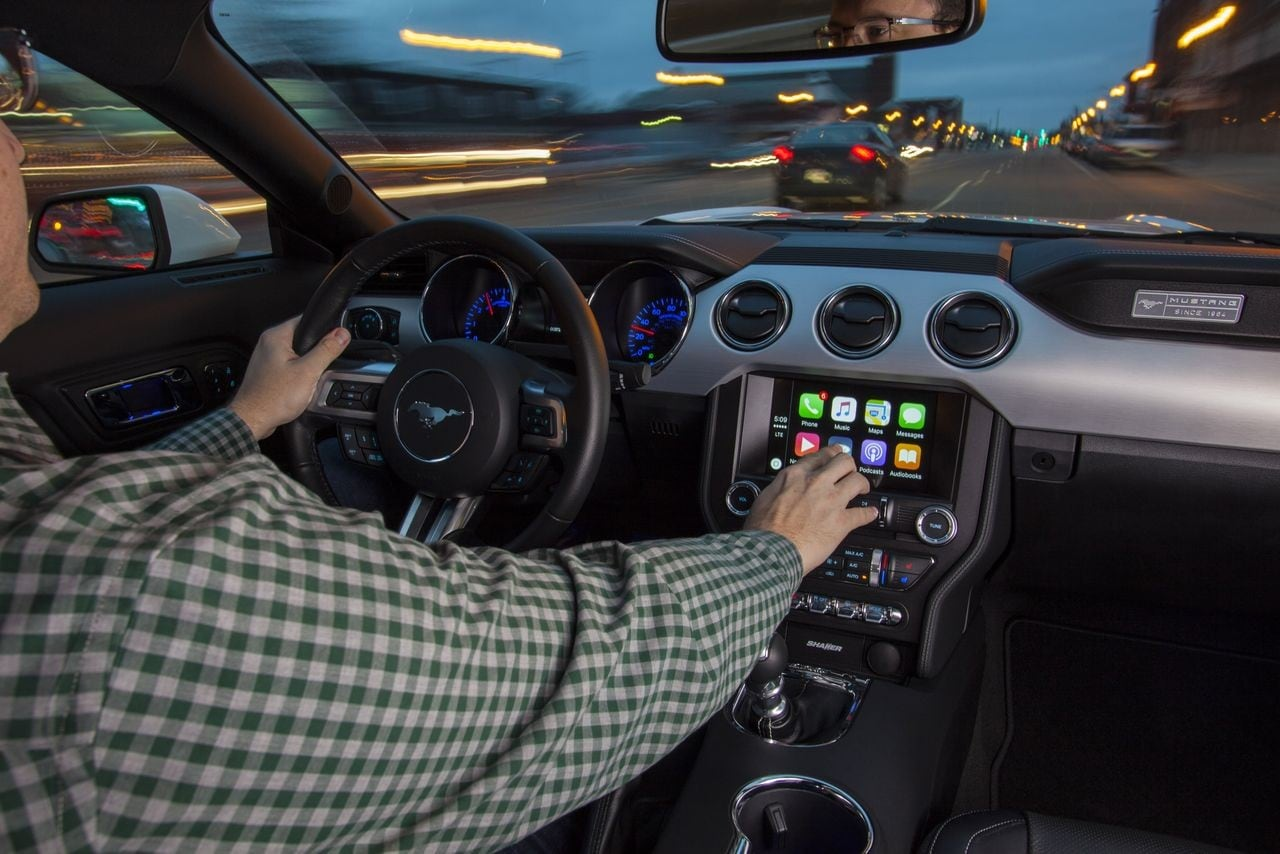 ford android auto apple carplay_1