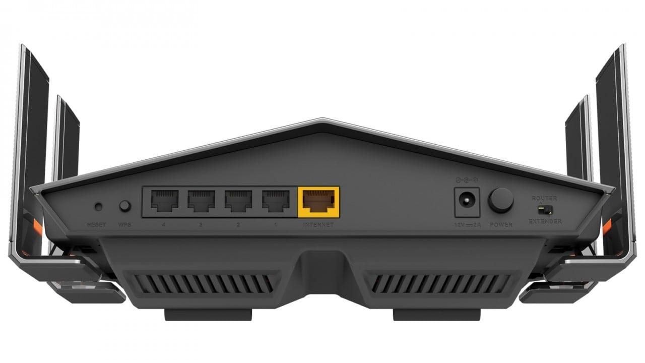 """D-Link lancia due router di design e una videocamera che """"vede tutto"""" (foto)"""