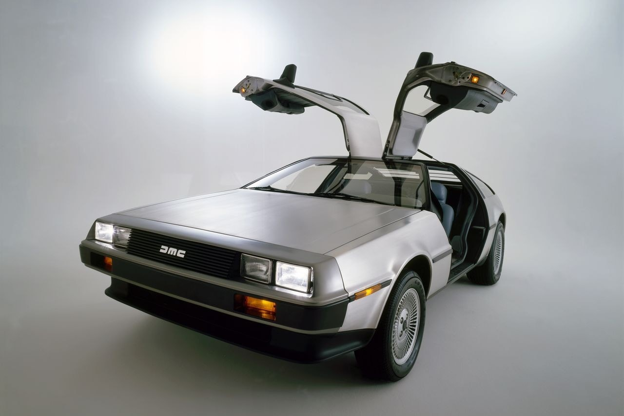 DeLorean - DMC-12