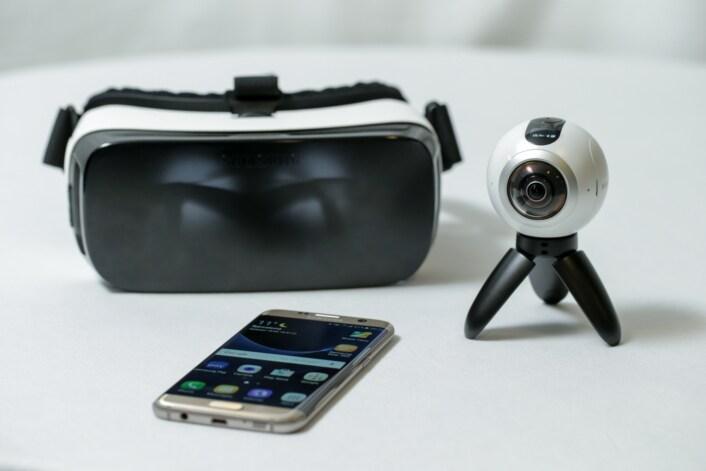Samsung Gear 360 ufficiale: ecco l'occhio a tutto tondo per gli smartphone Galaxy (foto e video)