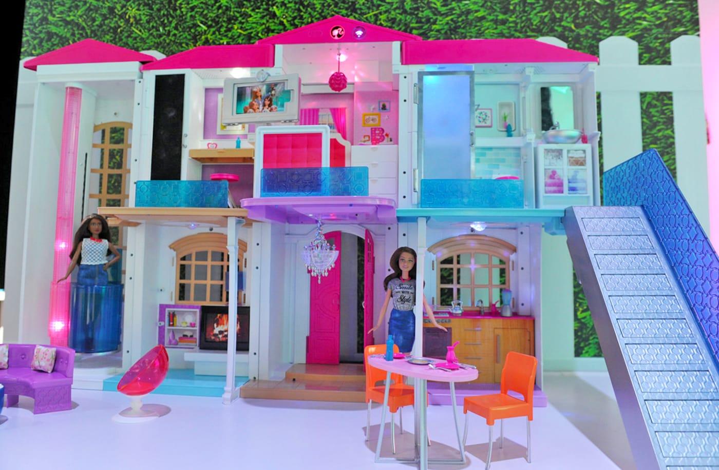 anche la casa dei sogni di barbie abbraccia l 39 internet of