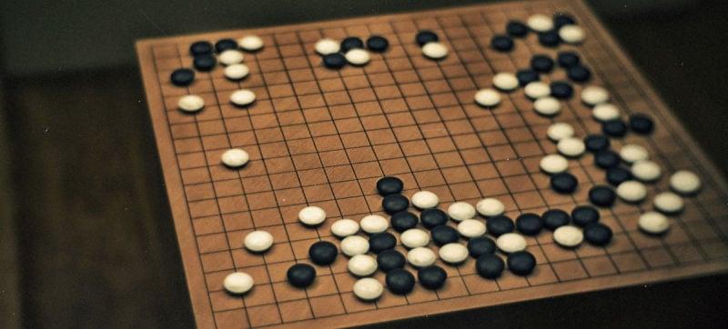 Secondo scacco di Google al campione mondiale di Go: l'intelligenza artificiale vicina alla vittoria definitiva