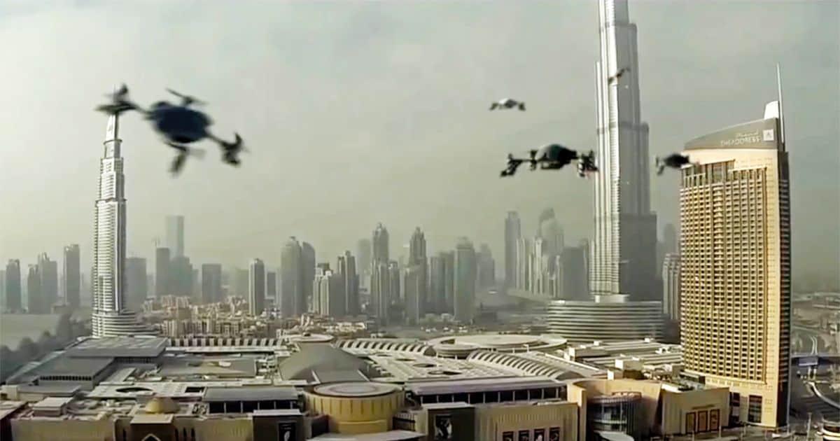 Non perdetevi il World Drone Prix, droni che si sfidano su circuito per il miglior tempo (video)