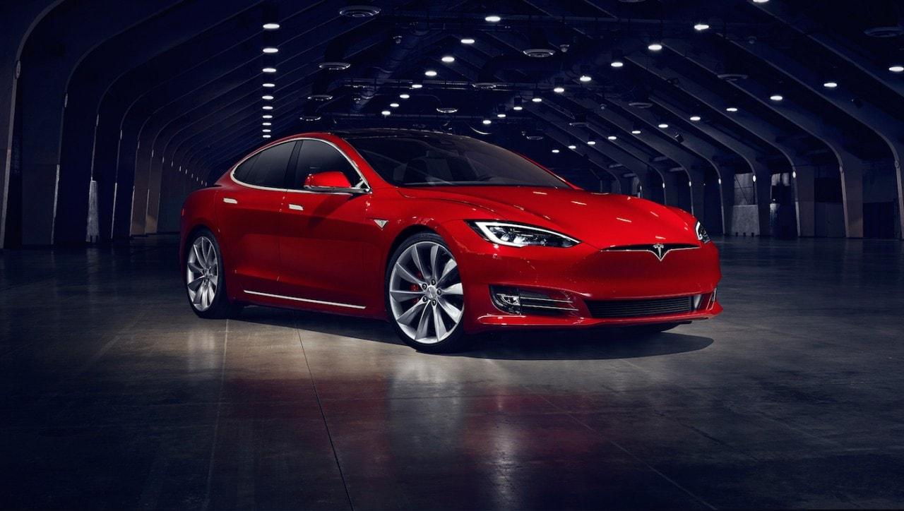 Tesla continua a puntare su Model S con questa nuova revisione