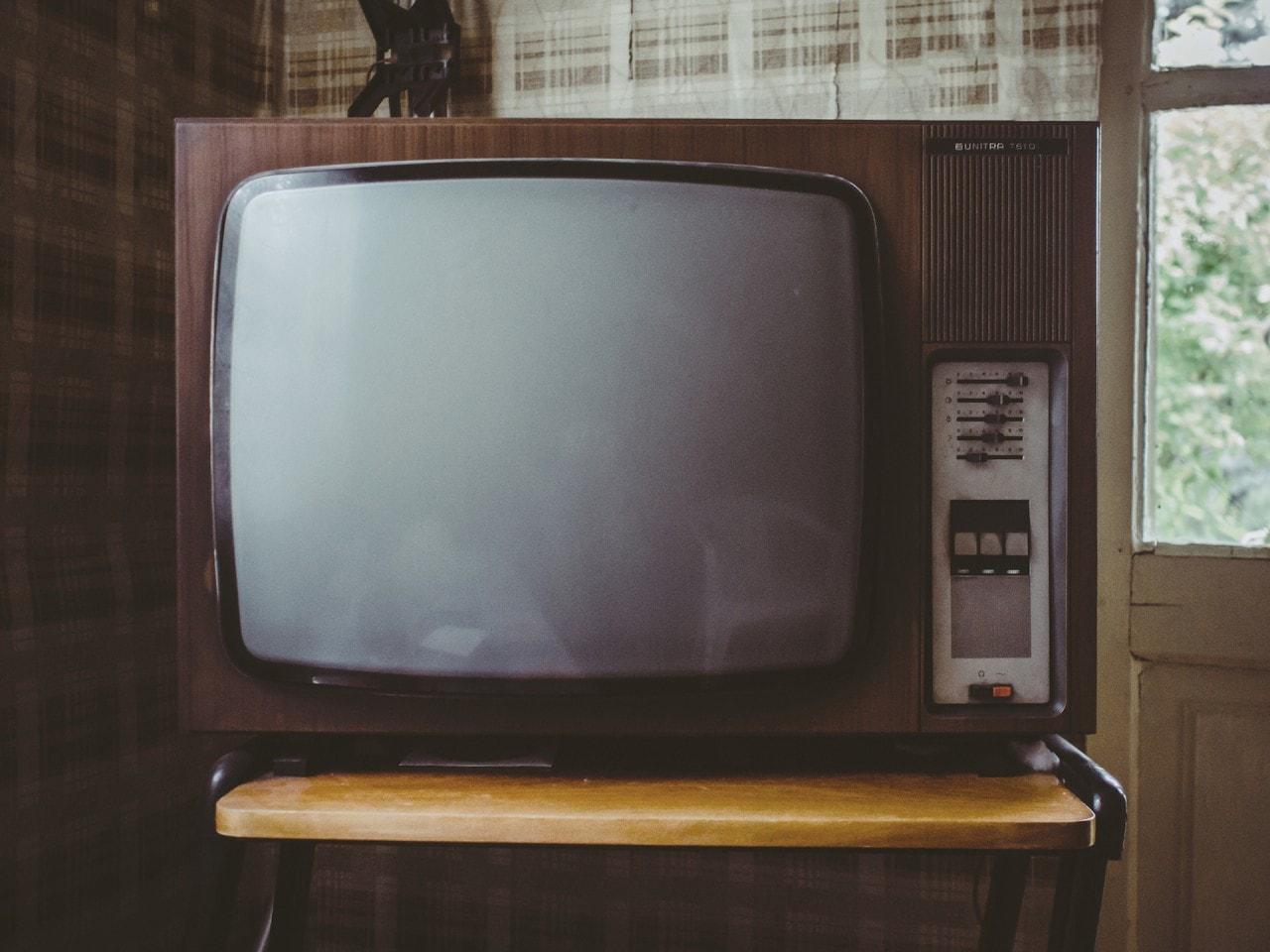 Questo smanettone ha montato Chromecast dentro un TV del 1978 (video)