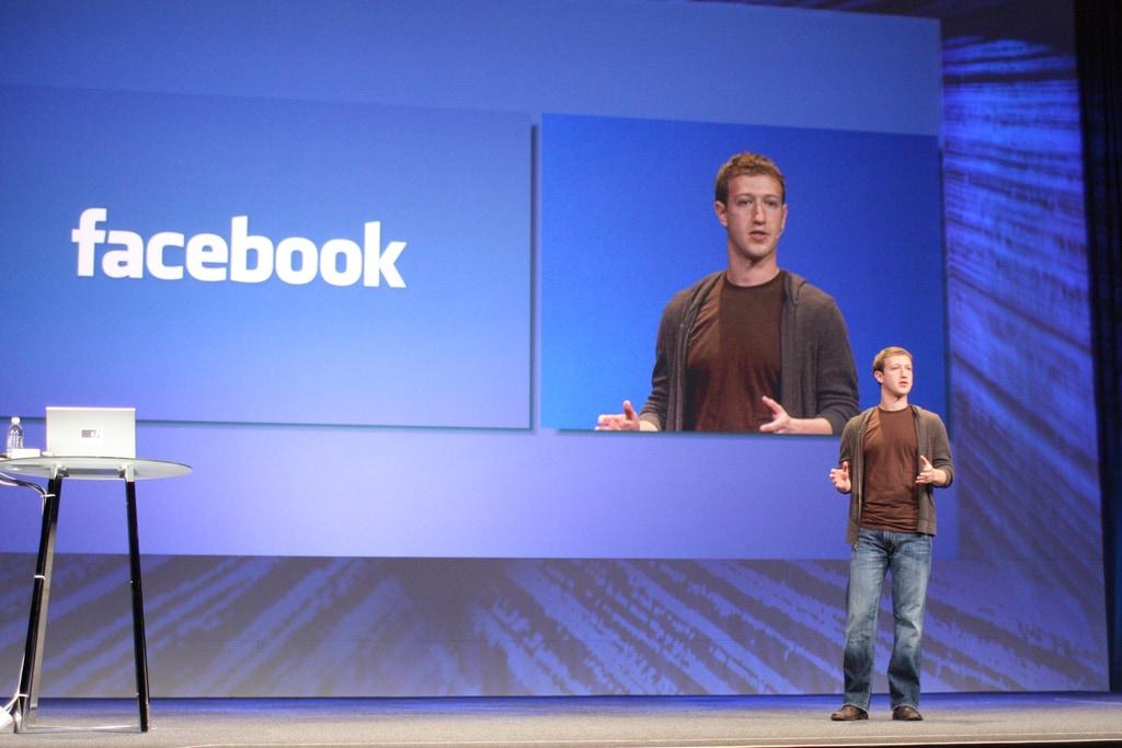 Come Facebook decide ciò che leggete