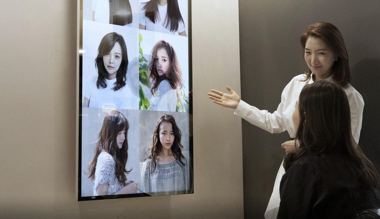 Gli specchi smart di Samsung iniziano ad arrivare sul mercato