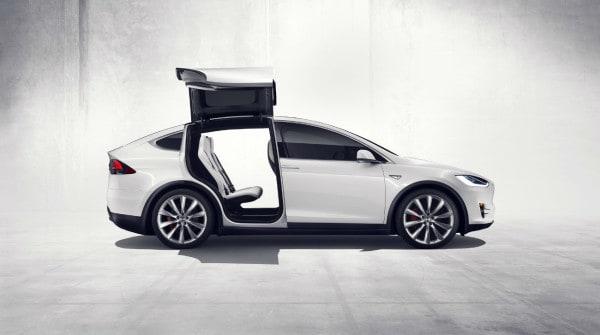Tesla Model X Italia_10