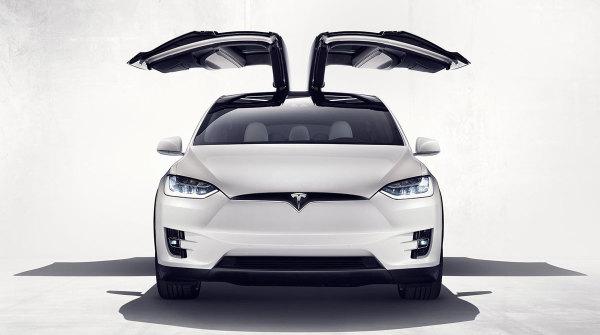Tesla Model X Italia_6