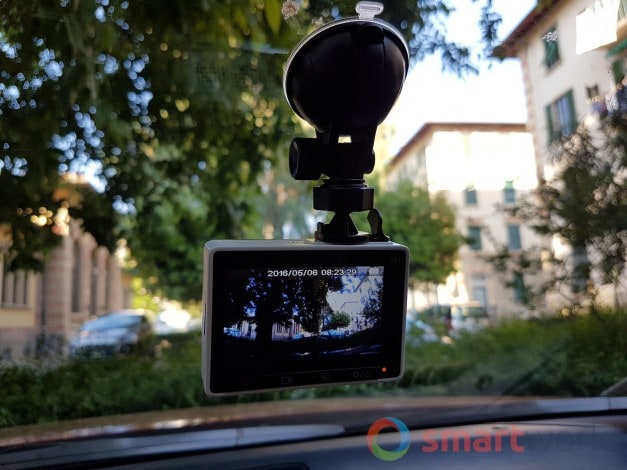 Xiaomi Yi Dashcam DVR - 01