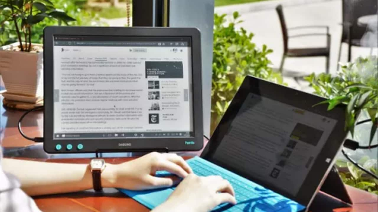 dasung-paperlink-the-digital-reader-500x333.0