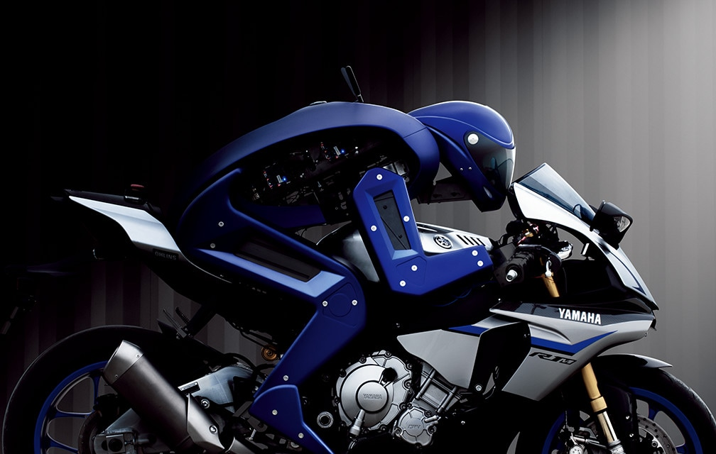 Valentino Rossi sfida a duello Motobot, il pilota automatico (video)