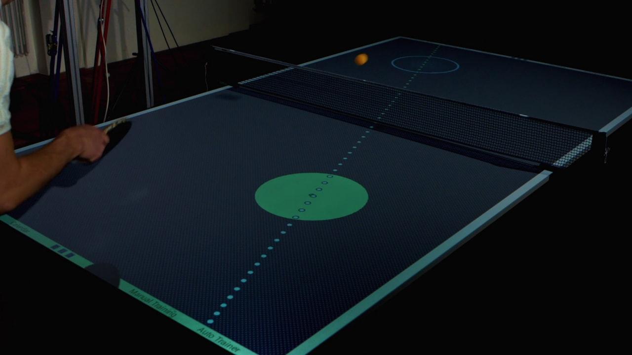 Questo tavolo da ping pong diventerà il vostro allenatore personale (video)