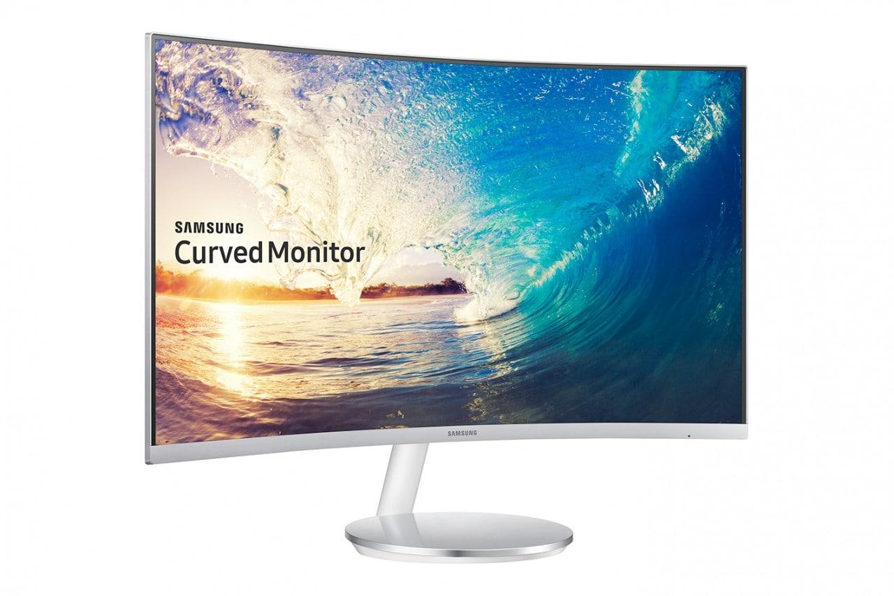 """Il nuovo monitor curvo di Samsung è un full HD da 27"""" e con cornici davvero sottili (foto)"""