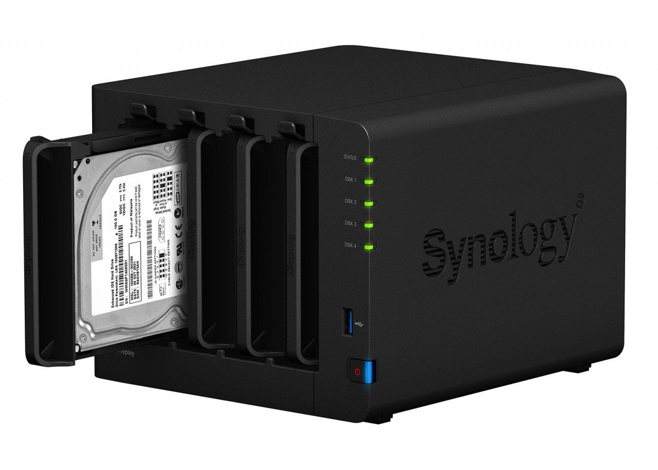 Synology lancia DS416play, un NAS quattro baie per casa e piccolo ufficio (foto)