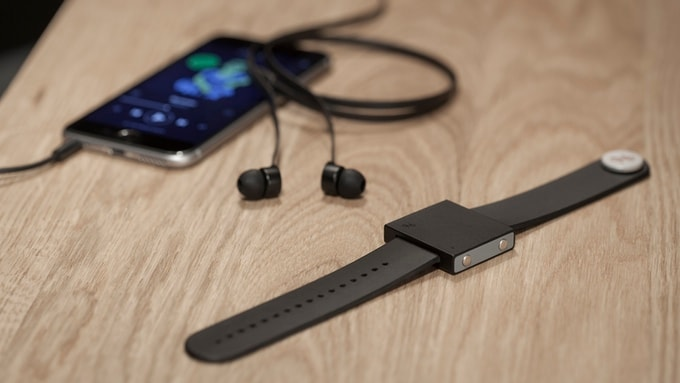 basslet subwoofer indossabile