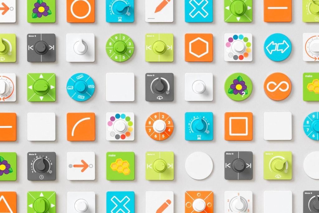Google lancia Bloks, un ibrido modulare tra LEGO e Arduino per insegnare a programmare