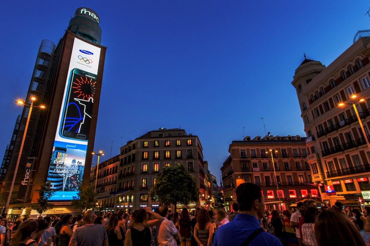 samsung display piazza madrid_2