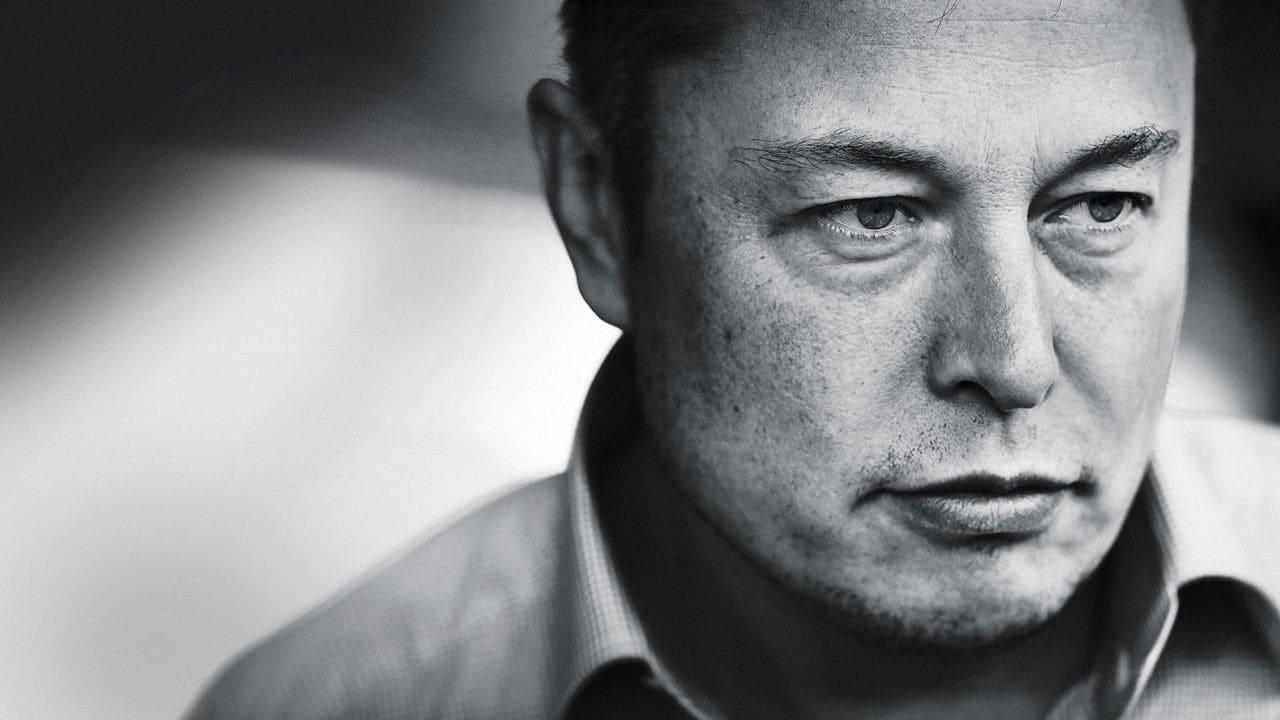 Elon Musk sta progettando un tetto fatto di pannelli solari