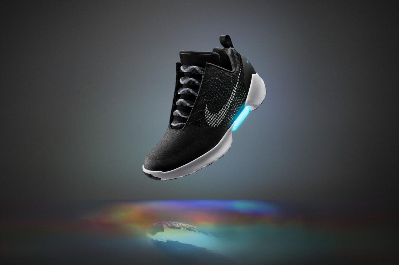 Nike: le scarpe con gli auto-lacci saranno in vendita dal 28 Novembre