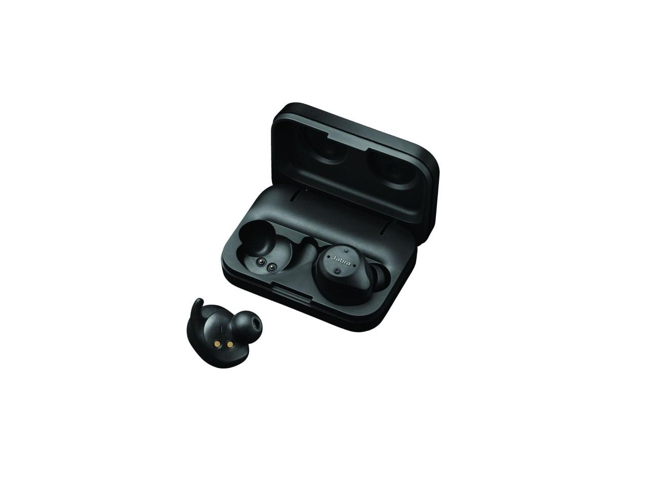 Jabra Elite Sport product adshot 1on1 case white