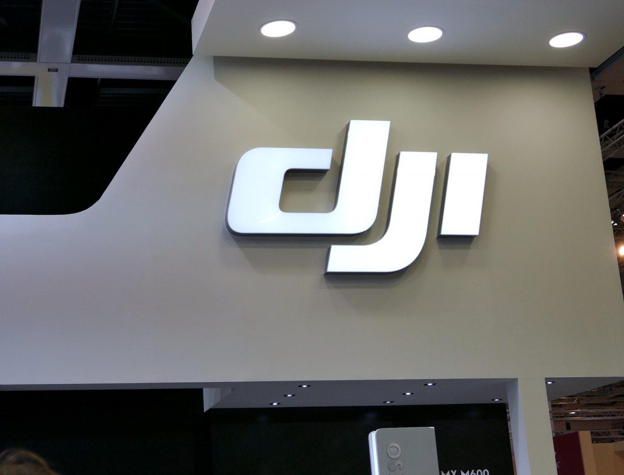 """DJI collabora con Epson per far pilotare i suoi droni con dei """"Google Glass"""""""