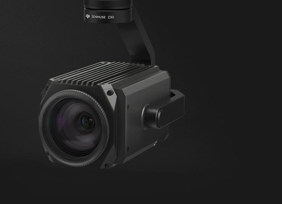Una videocamera con zoom 30x decolla con i droni commerciali DJI
