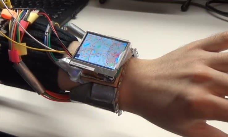WristWhirl, lo smartwatch che si può controllare col polso (foto e video)