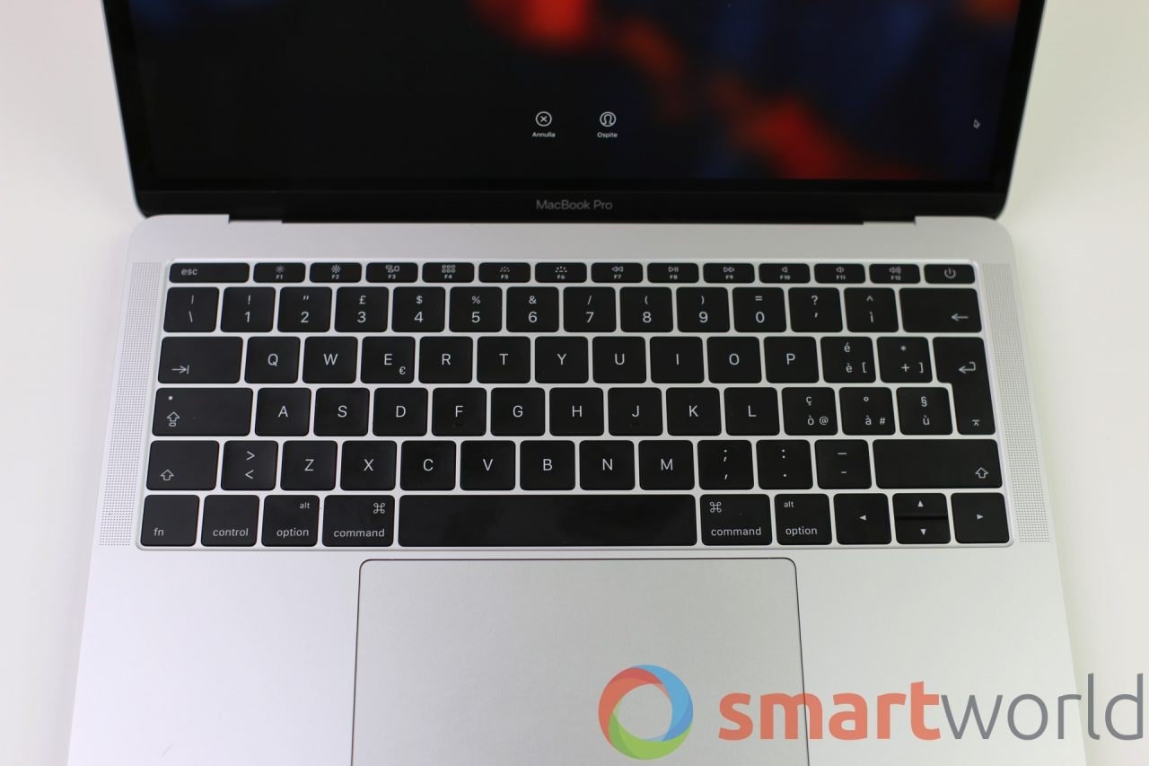 apple-macbook-pro-2016-no-touch-bar-6
