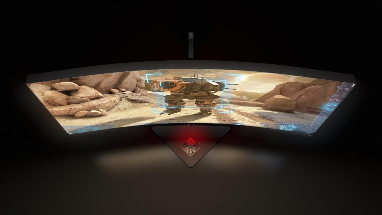 """HP OMEN X 35"""" ed Envy 34 Curved Display: monitor curvi per tutti, anche per il gaming (foto)"""