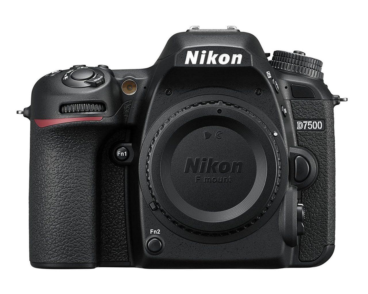 54aabf6d6408ff Tra le top della fascia media c'è l'interessantissima D7500 di Nikon.  Interessante perché condivide molto con l'ammiraglia D500, pur costando un  po' meno.