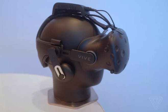 htc-vive-wireless-tpcast