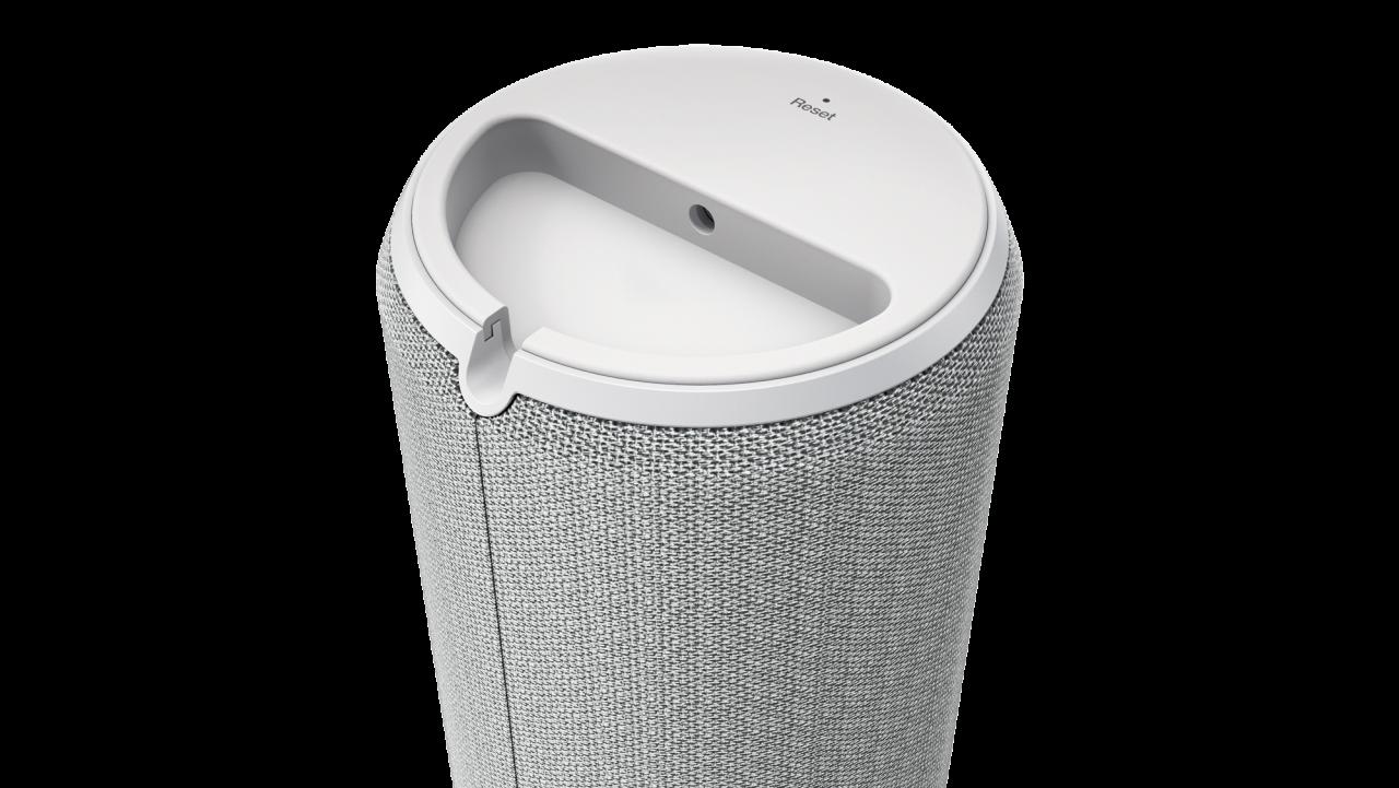 Lenovo presenta anche un controller multimediale, un assistente smart con Alexa e un hard disk smart