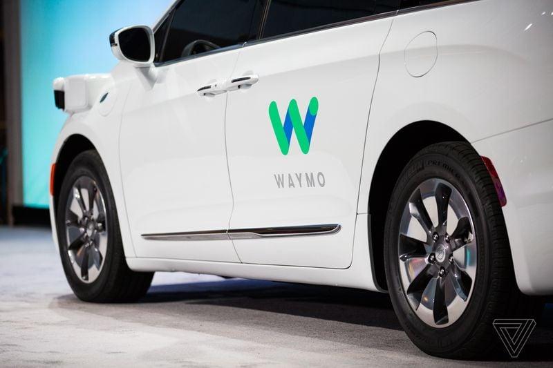 Le nuove auto a guida autonoma di Google sono pronte: in strada entro fine mese (foto)