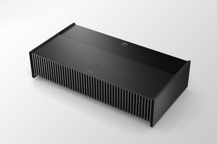 Sony ha presentato un proiettore 4K a tiro ultra corto che costa 25.000$