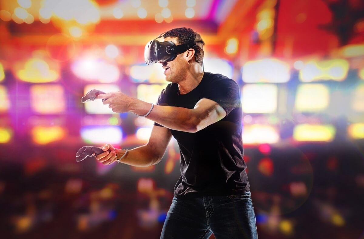 Gli italiani sempre più interessati ai visori VR: HTC Vive il più popolare (foto)