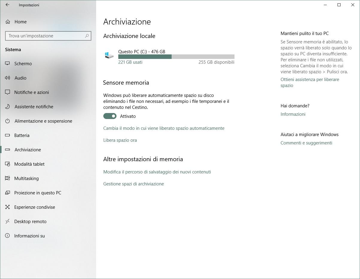 Con gli ultimi aggiornamenti su Windows 10 è stato implementato uno  strumento che serve proprio a liberare facilmente spazio sul disco d67b0e65f25