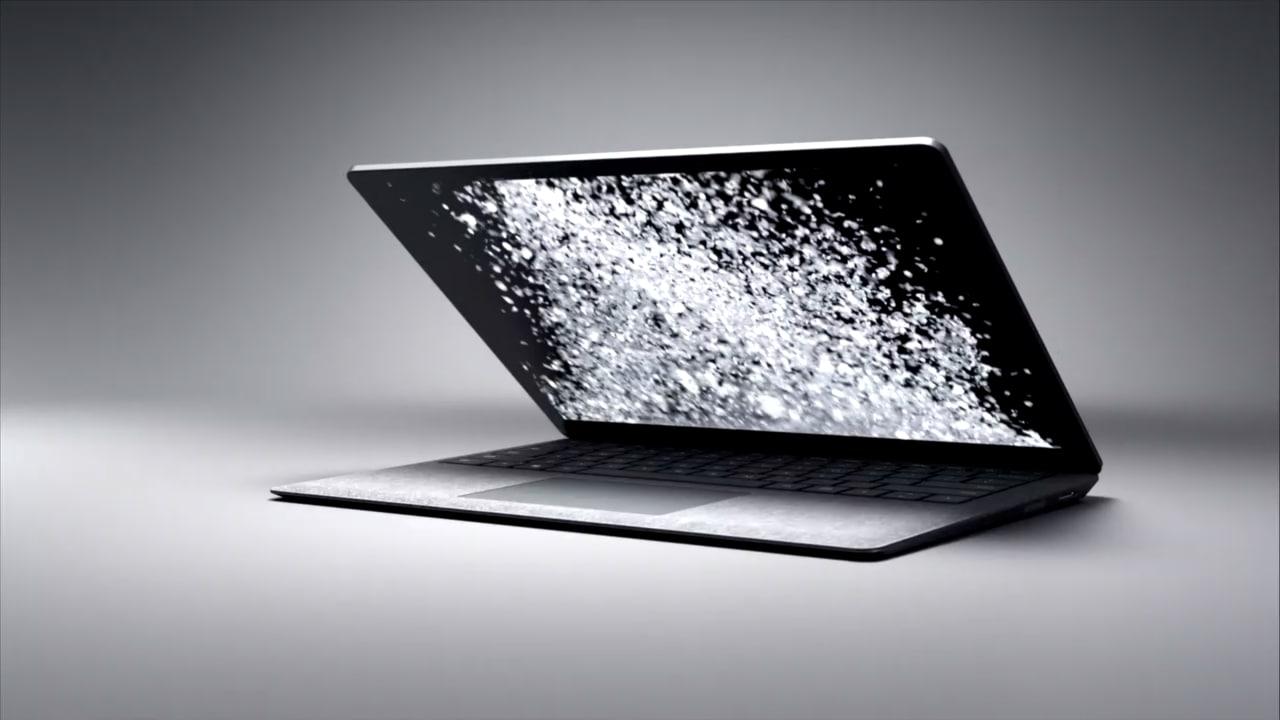 Microsoft Surface Laptop costa meno fino al 21 maggio: sconto del 40% sul sito ufficiale (video)