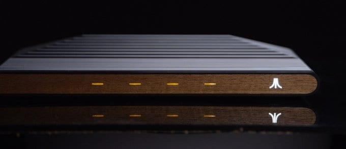 Ataribox: prime foto ufficiali, molti nuovi dettagli e possibile data e prezzo di lancio (foto)