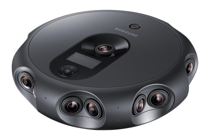 Samsung 360 Round: 17 videocamere in una per i video a 360° da professionisti