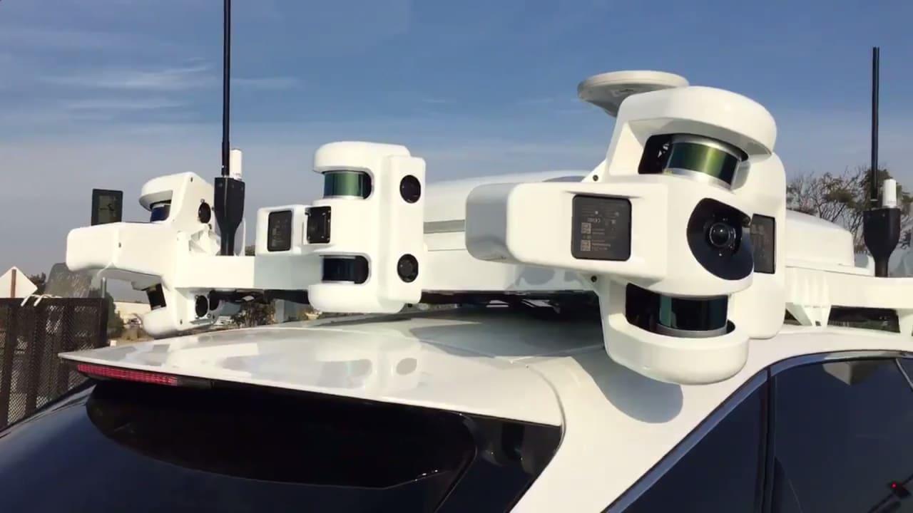 Avvistata l'auto a guida autonoma di Apple, ma non aspettatevi un design minimale (video)
